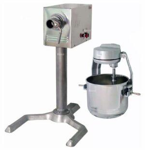 Универсальная кухонная машина Торгмаш УКМ-07-01